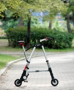 Миниатюрный складной велосипед весом 5,5 кг