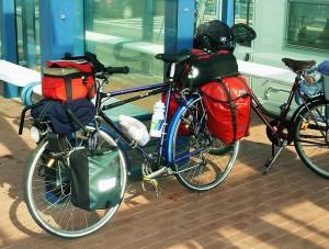 Распределение груза на багажнике велосипеда