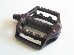 Конструкция платформенной педали
