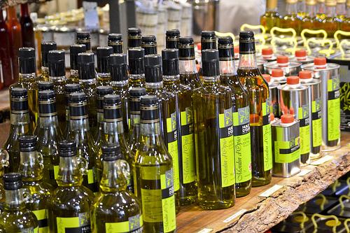 Дата розлива и дата упаковки у оливкового масла могут отличаться