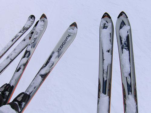 За лыжи или сноуборд нужно платить дополнительно